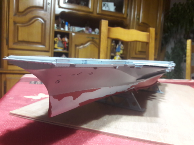 Le  porte avions CHARLES DE GAULLE - Page 2 20200542