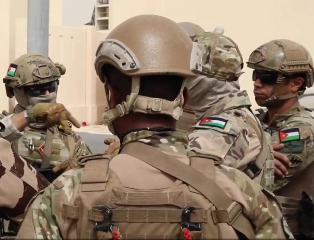 Armée Jordanienne/Jordanian Armed Forces - Page 23 Img_2056