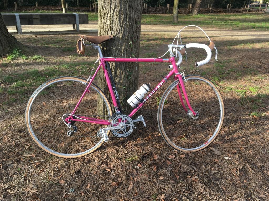 Mon premier sera rose : Mercier 1978 Img_0118