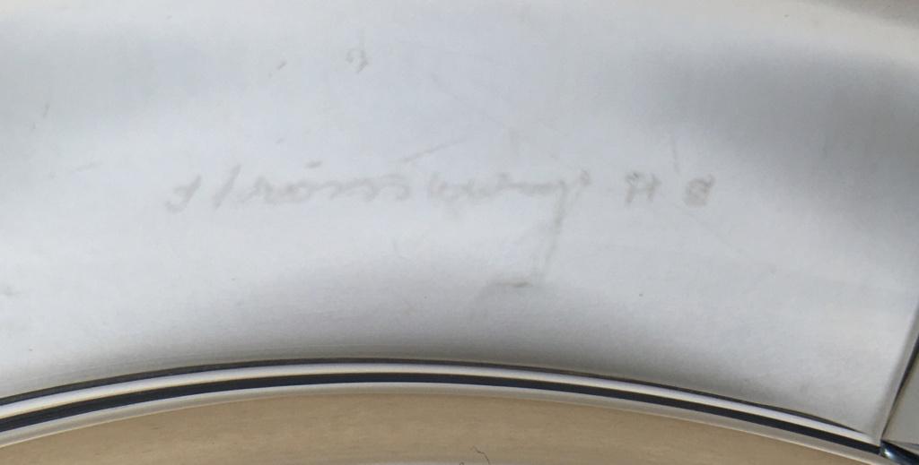 Need help with signature on Crystal ashtray - Stromberg Cbd2f210