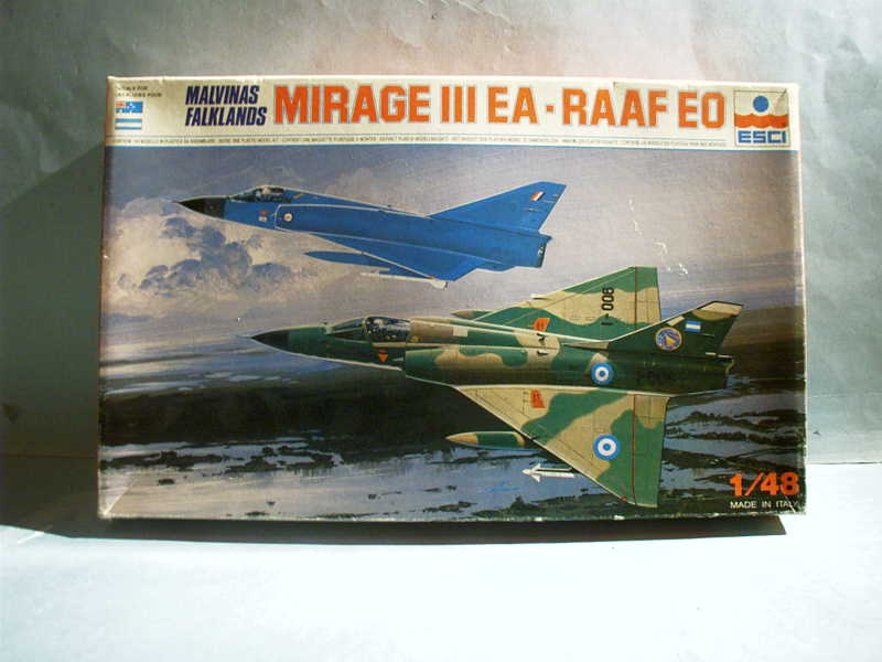 Multi-présentations ESCI/ITALERI quelques  MIRAGE III, F1 et KFIR au 48ème Imag0047
