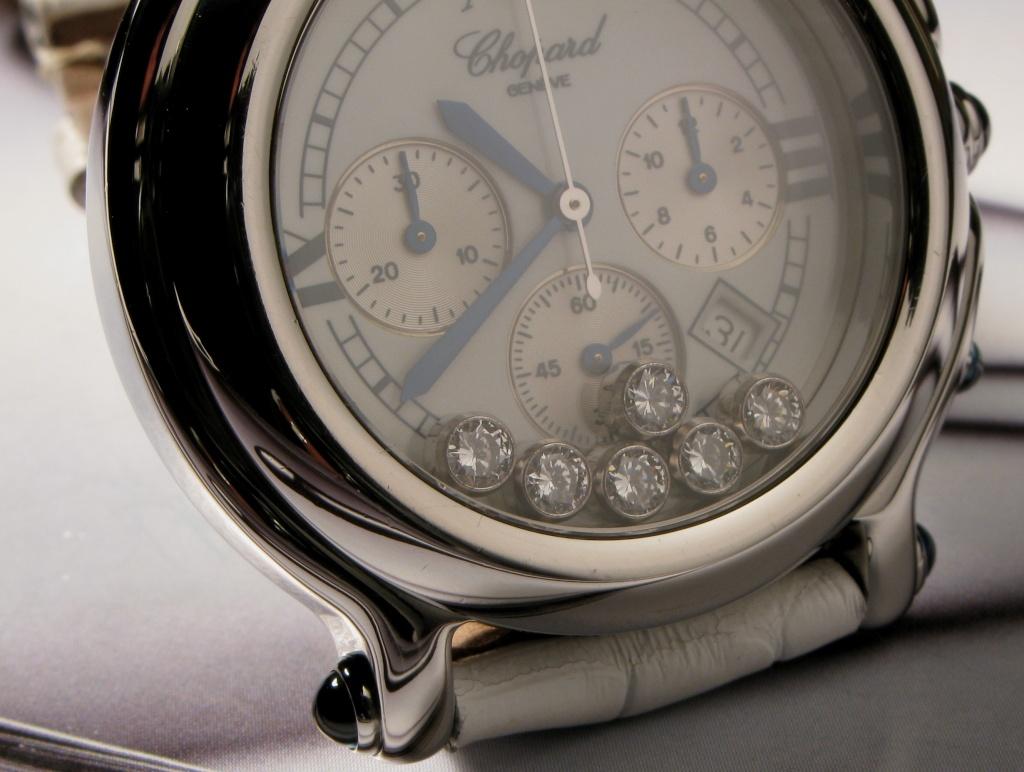 J'aime les grosses montres sur les poignets fins Img_0211