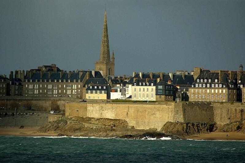 Saint-Malo [La cité Corsaire] - Page 2 Intra10
