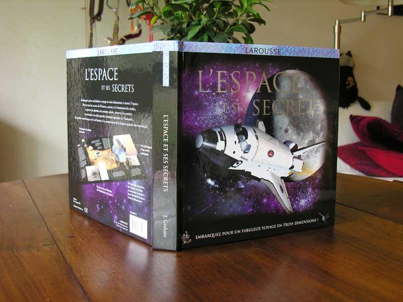 """Livres : """"L'espace et ses secrets"""" Dscn6410"""