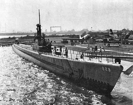 Un quizz sous-marin facile. Untitl10