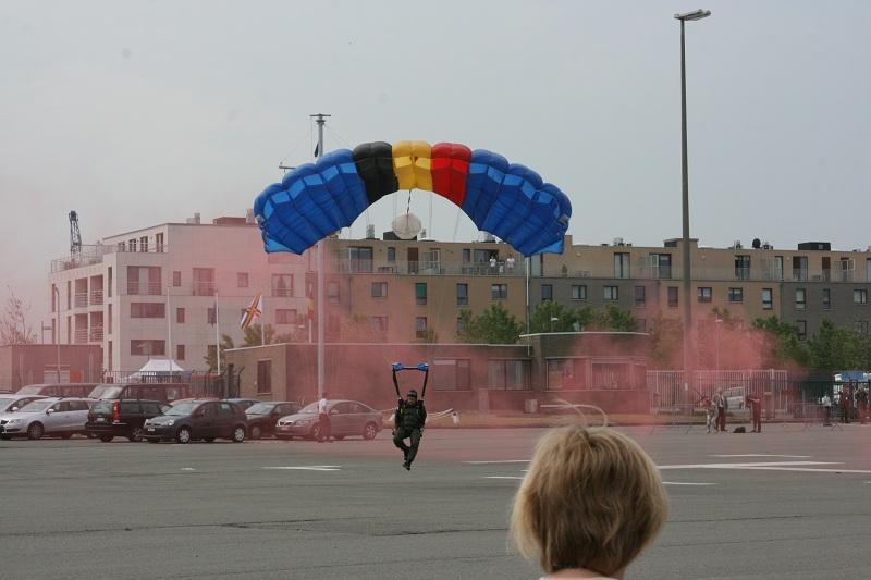 Vos photos du Navy Day 03&04/07/2010  Zeebru16
