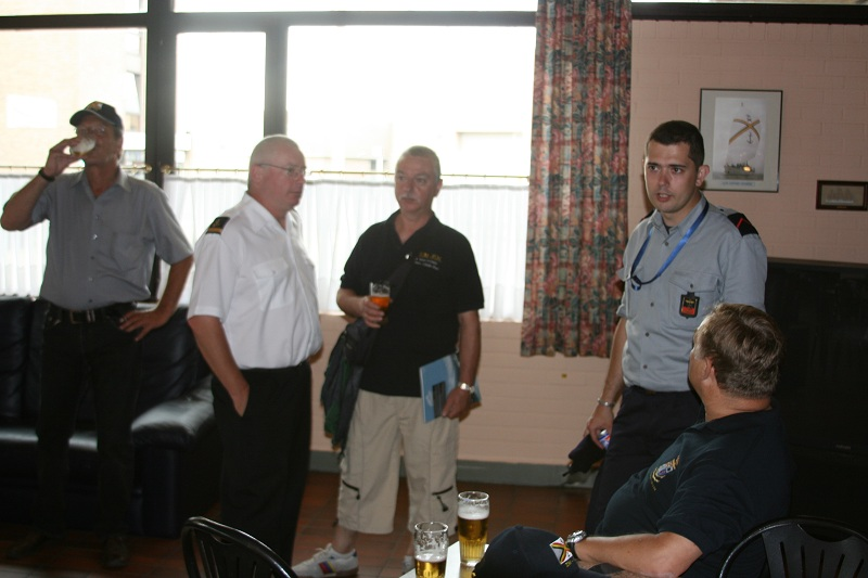Vos photos du Navy Day 03&04/07/2010  Zeebru17
