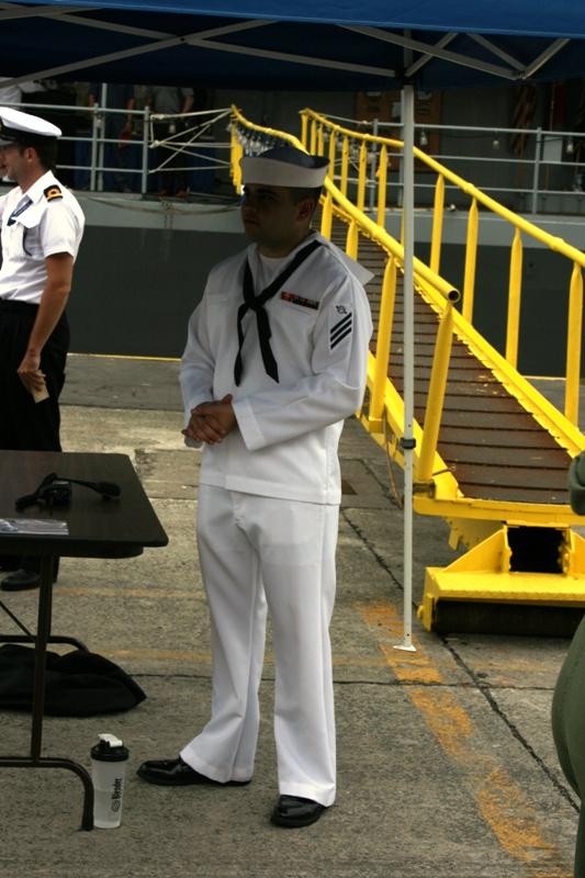 Vos photos du Navy Day 03&04/07/2010  Zeebru25