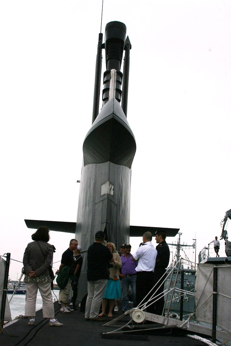 Vos photos du Navy Day 03&04/07/2010  Zeebru30