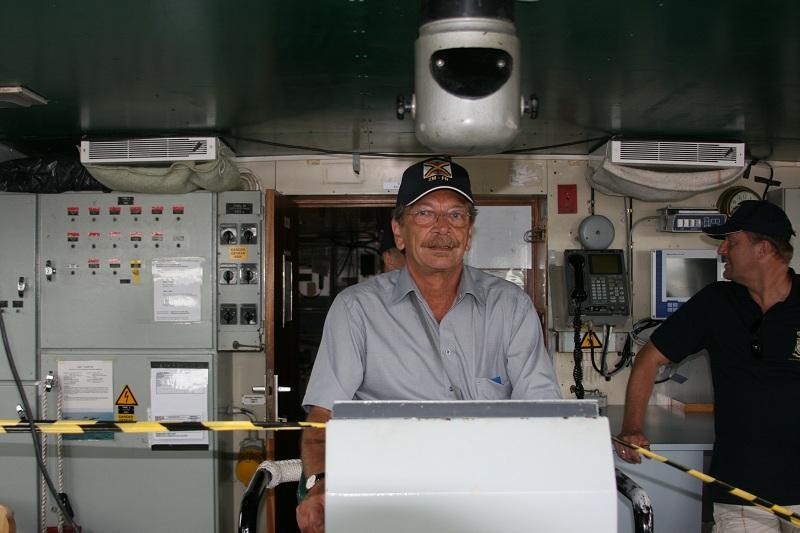 Vos photos du Navy Day 03&04/07/2010  Zeebru43