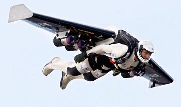 Fusion man a traversé la Manche avec son aile volante Fusion11