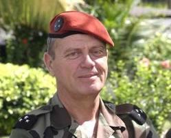 PONCET Henri  Général de corps d'armée (2S) Forces classiques ou forces spéciales ? Un débat absurde.  Poncet10