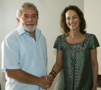 Lula fait l'éloge de Sarkozy... devant Royal ! Royal_10