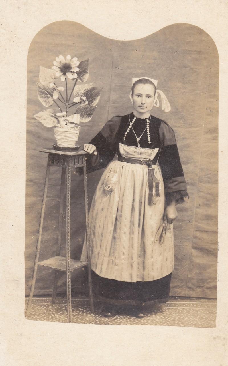 coiffes pourlet fin 19e/début 20e siècle Img_0019