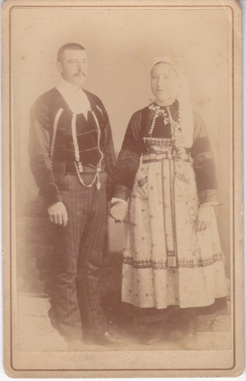 coiffes pourlet fin 19e/début 20e siècle Img_0021