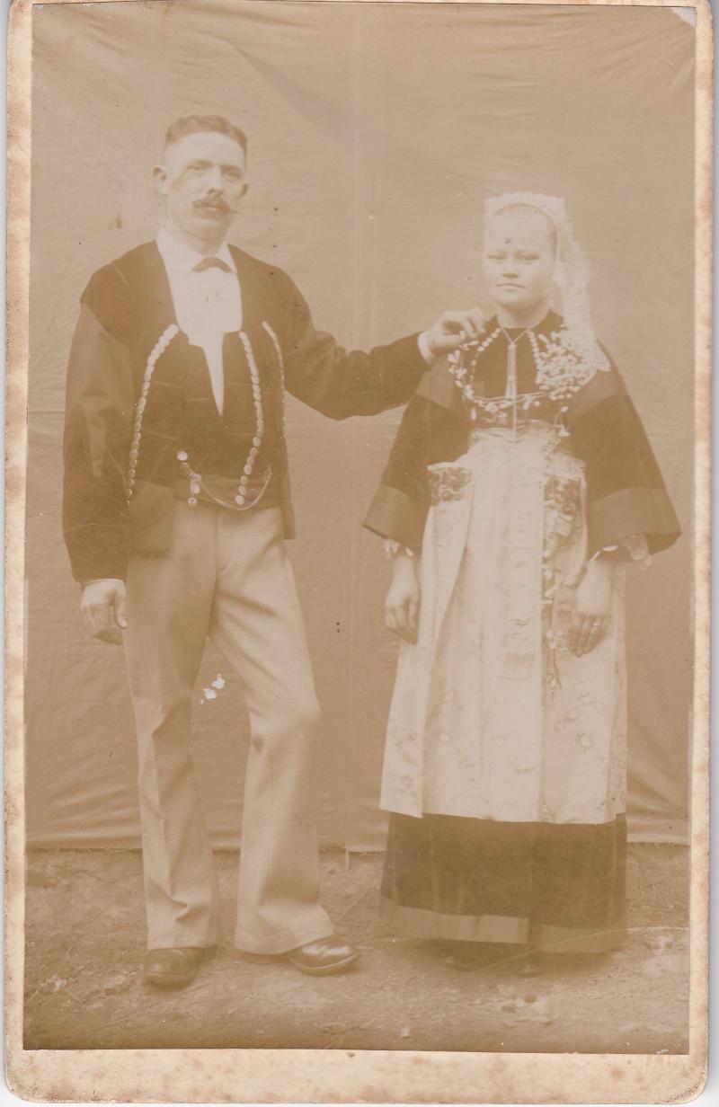 coiffes pourlet fin 19e/début 20e siècle Img_0022