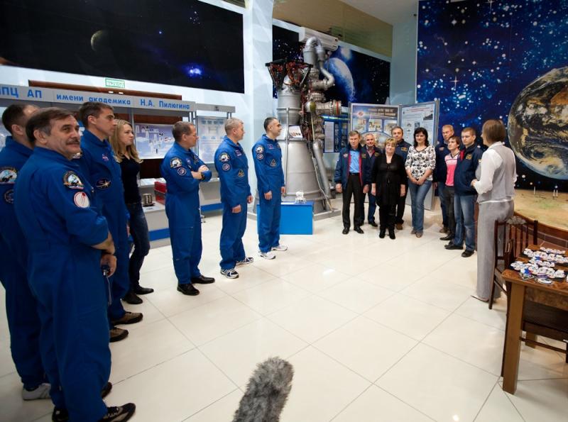 Tézio et Lunokhod 2 au pays de Gagarine - Page 3 44799610