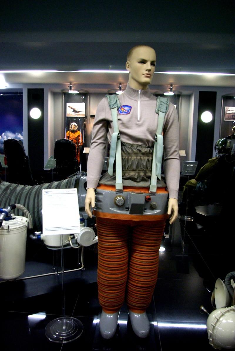 Séjour d'un an dans l'ISS - Page 2 Imgp2610