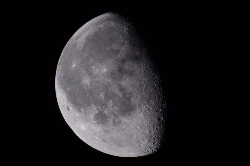 La Lune - Page 5 Lune_010