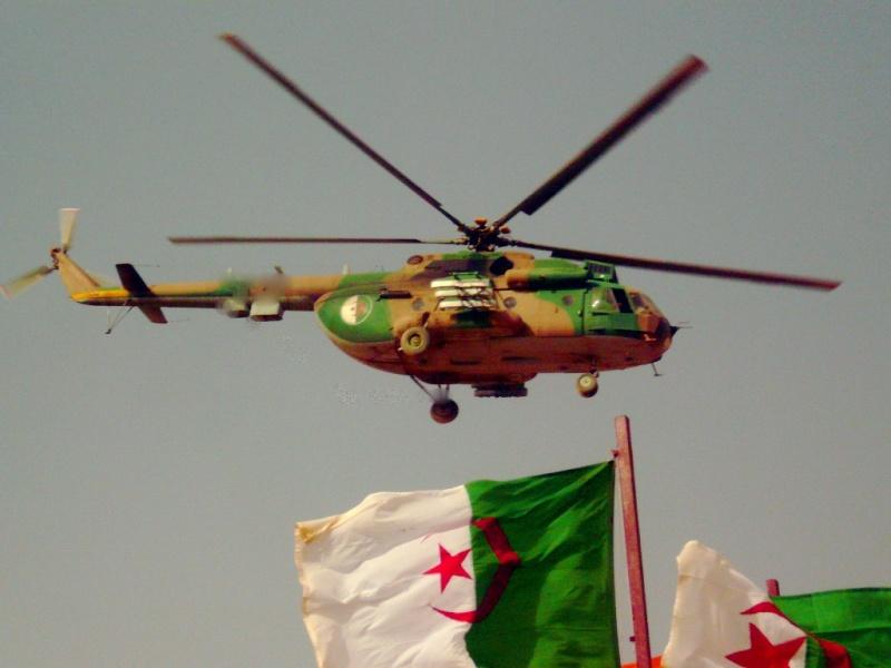 صور الطائرة المروحية الجزائرية ال:MI-17 التي تم تطويرها: Pictur10