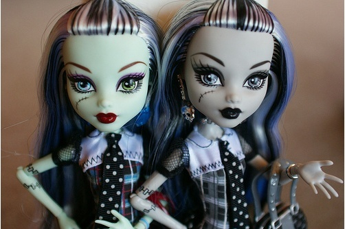Monster High, les nouvelles venues de Mattel - Page 3 Two_fa10