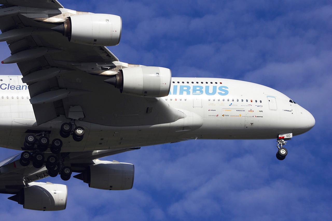[29/08/2010] Visite de l'Airbus A380 à Nantes-Atlantique ! Jp0r3127