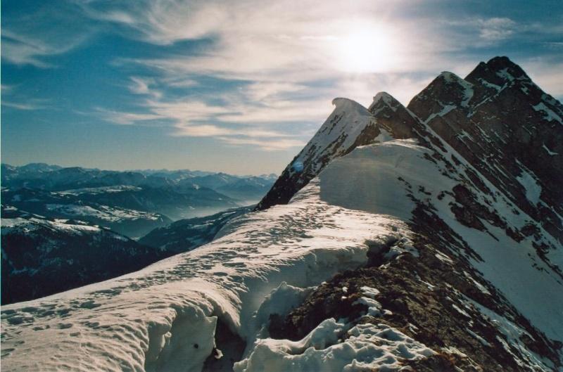 les Alpes, comme d'habitude - Page 2 La_clu11