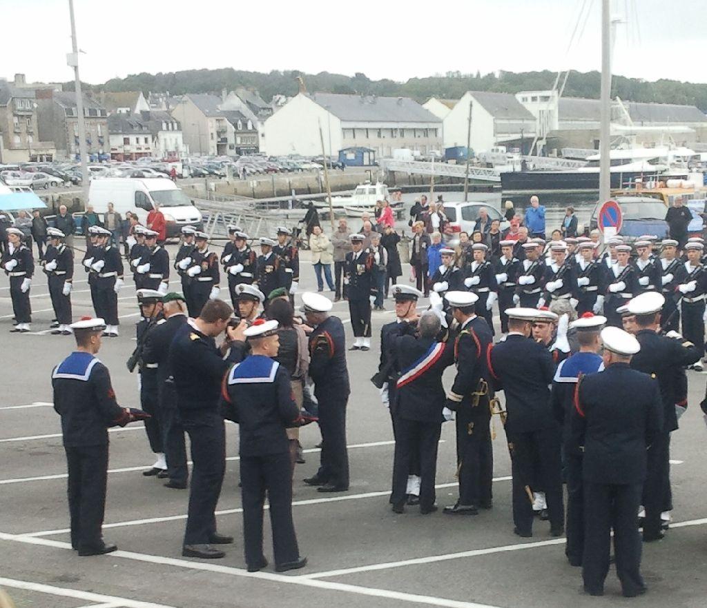 Reportage cérémonie de tradition Ecole des fusiliers à Concarneau 1613