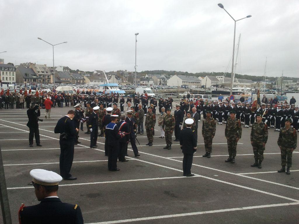 Reportage cérémonie de tradition Ecole des fusiliers à Concarneau 2013