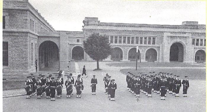 [ École des Mousses ] Histoire de l'École des mousses - Page 20 La_mus10