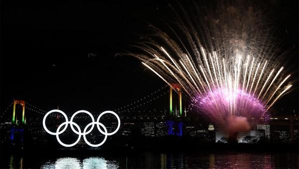 TOKYO 2020 CÉLÈBRE L'ARRIVÉE DES ANNEAUX OLYMPIQUES 2020-011
