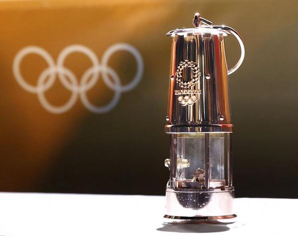 COMMUNIQUÉ COMMUN DU COMITÉ INTERNATIONAL OLYMPIQUE ET DU COMITÉ D'ORGANISATION DE TOKYO 2020 Es5gfk10