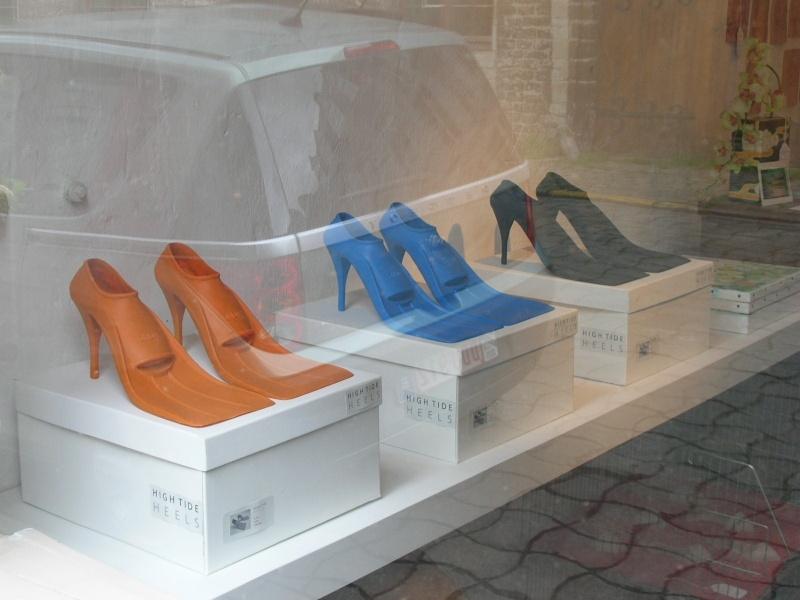 droles de chaussures Chauss12