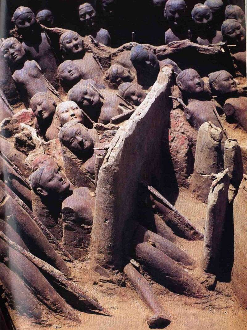 The soldiers of Eternity - Jing Di tomb discovery (French) 12192711