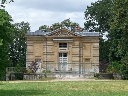 Les pavillons de chasse de Louis XV - Page 2 Pavill10