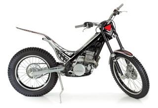 la moto du 1/2 traite..(hi hi hi ) Sherco10