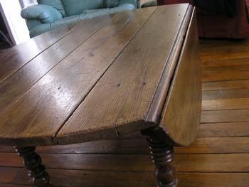 table et boite à couture P1270011