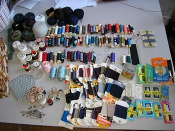 table et boite à couture P1270015