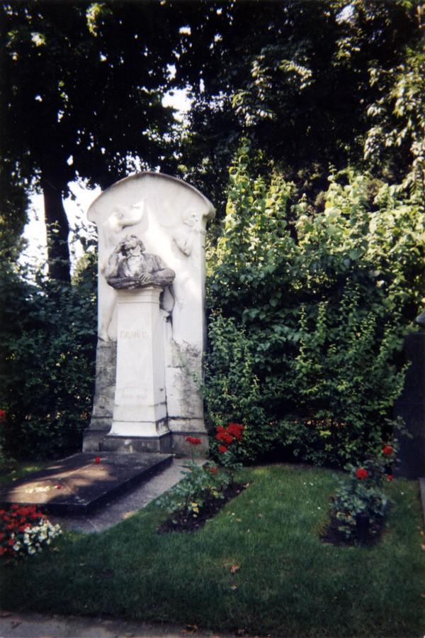 Tombes musicales Brahms10