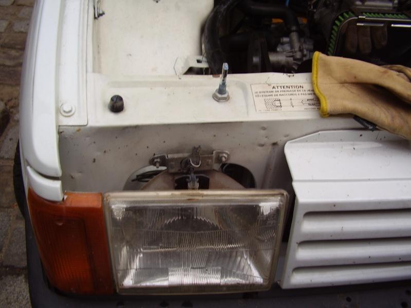 Problème pour changer un phare P1280010