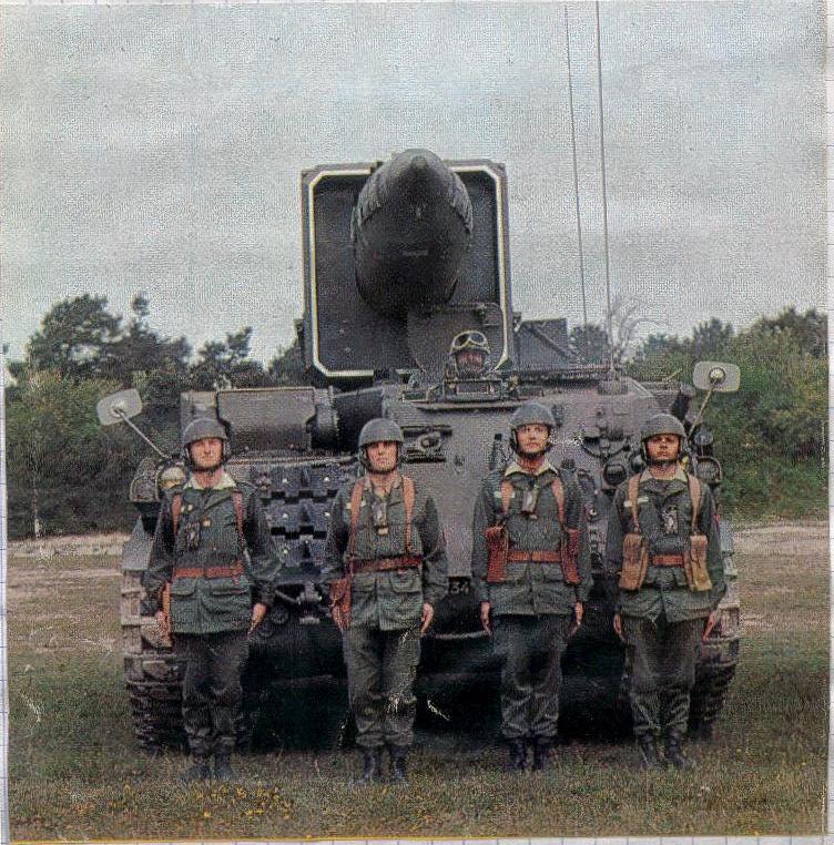 AMX 30 PLUTON Pluton11