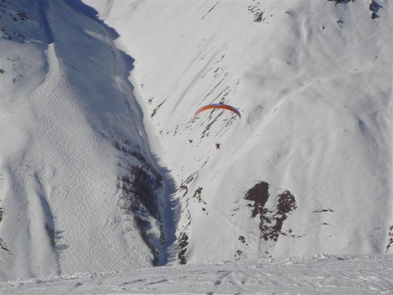 Survol de Val d'Isère en parapente Dsc05810