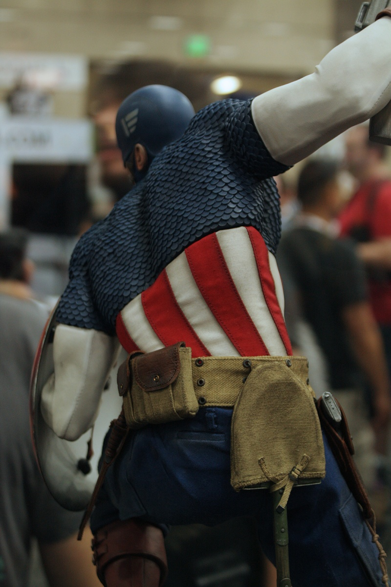 """CAPTAIN AMERICA """" ALLIED CHARGE ON HYDRA """" Premium format Img_4215"""