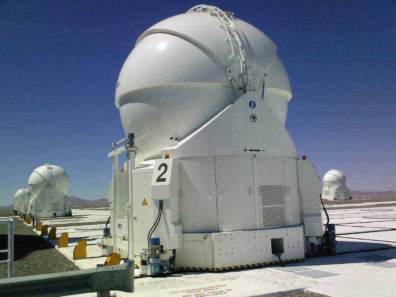 Observatoires astronomiques vus avec Google Earth - Page 15 48450410