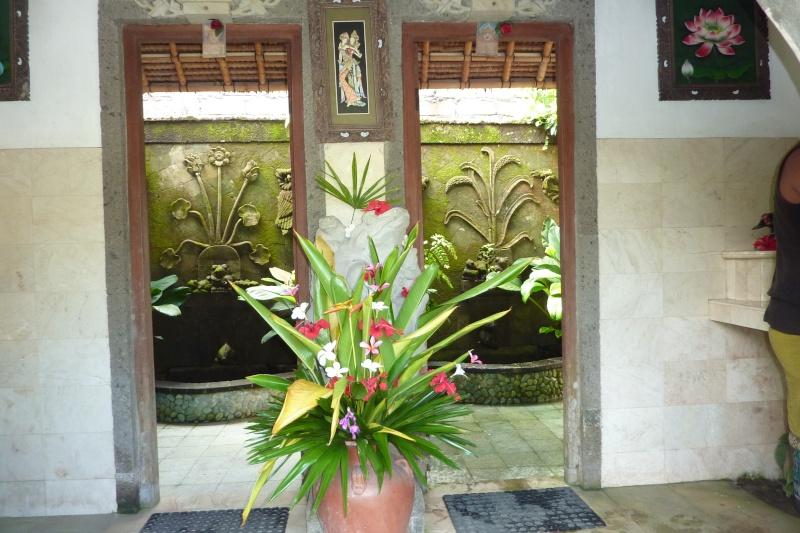 Bali, cuisine et décor P1030112