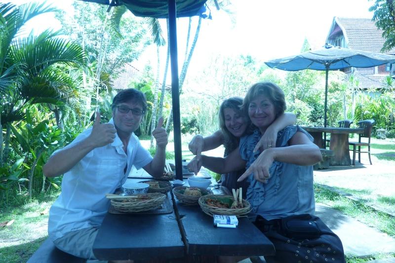 Bali, cuisine et décor - Page 3 P1030117