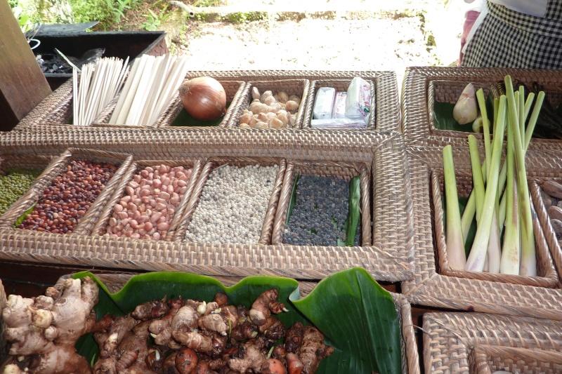 Bali, cuisine et décor P1030213