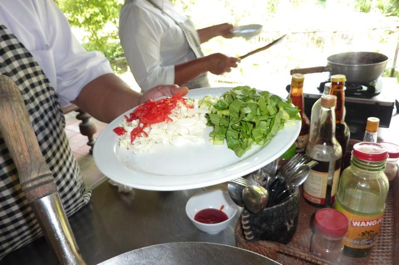 Bali, cuisine et décor P1030216