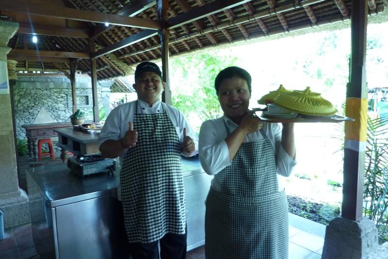 Bali, cuisine et décor P1030218