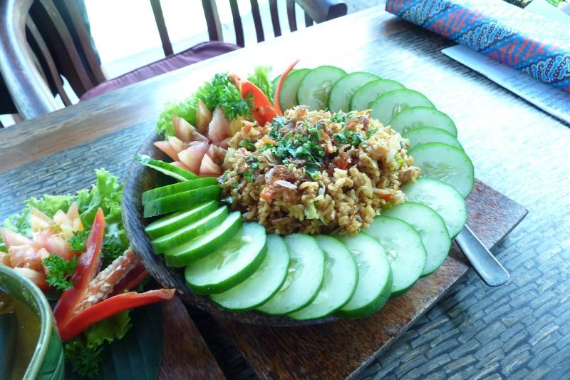 Bali, cuisine et décor P1030221